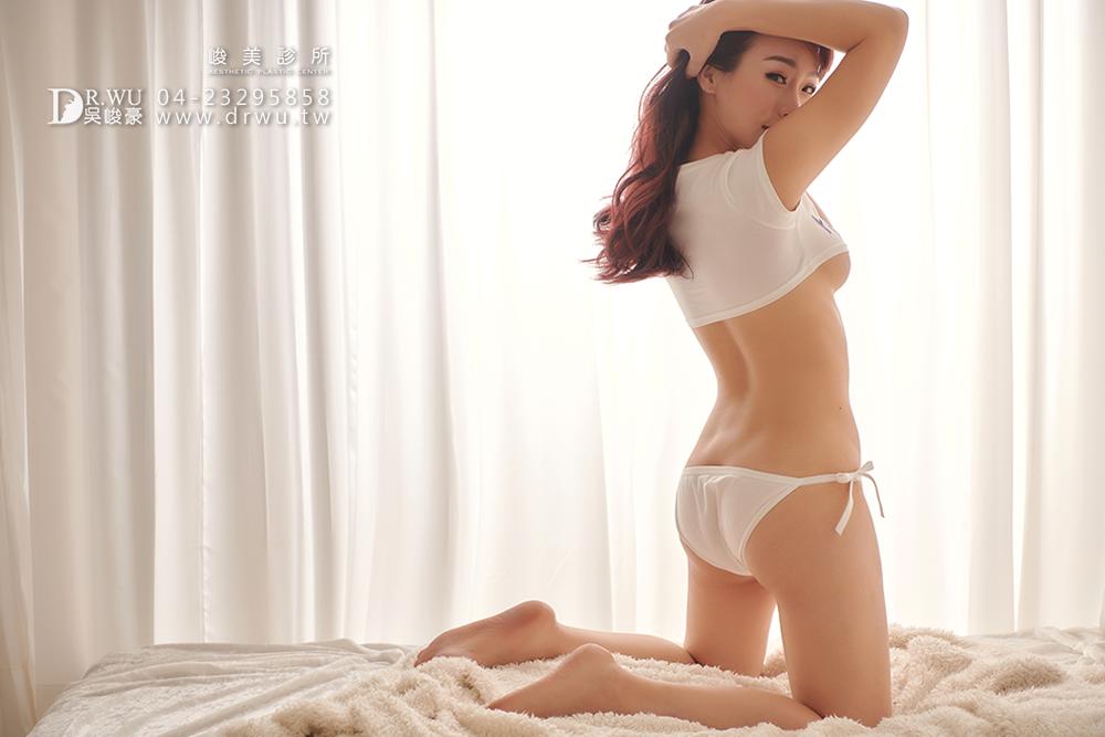 【絨毛面隆乳手術】產後少婦晉升美胸大罩杯,自然垂墜美胸型!|台中隆乳手術|峻美診所